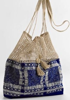 "New Cheap Bags. The location where building and construction meets style, beaded crochet is the act of using beads to decorate crocheted products. ""Crochet"" is derived fro Crochet Handbags, Crochet Purses, Crochet Bags, Crochet Fabric, Crochet Shell Stitch, Bead Crochet, Diy Crochet, Diy Sac, Boho Bags"