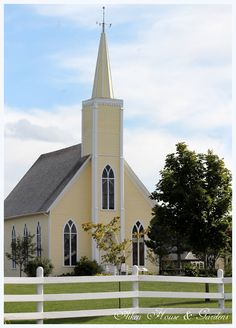 Originally the Presbyterian Church in Long River, which now hosts concerts and theater located in the Avonlea Village, Cavendish, Prince Edward Island. Old Country Churches, Old Churches, Avonlea Village, Houses Of The Holy, Church Pictures, Take Me To Church, Religion, Church Architecture, Cathedral Church