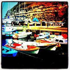 #boats #harbour #puertomogan #mogan #colour #red #blue #boatporn #water #fishing  - @lmcn- #webstagram