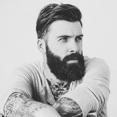 Levi Stocke - Bearded Model from LA Models Medium Beard Styles, Beard Styles For Men, Hair And Beard Styles, Long Hair Styles, Beard Model, Awesome Beards, Beard No Mustache, Long Hair Cuts, Short Hair