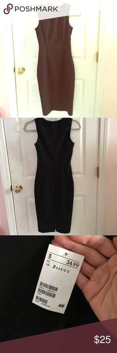 H&M Knee length black business casual dress NWT size 2 black knee-length business casual dress H&M Dresses Midi