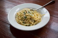 Make This Tonight: Spaghetti with Garlic and Oil  - sweet