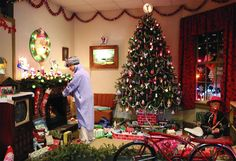 "Exhibit: ""1950s Christmas Morning"" from the National Christmas Center-Family Attraction and Museum in Paradise PA...just outside of Lancaster. A must see for the Christmas enthusiast!"