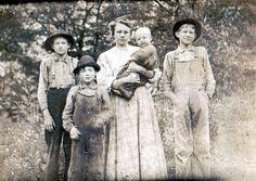Bertha (Adams) Mullins family, Harts Creek, Logan County, West Virginia, 1925-1940