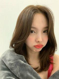 Kpop Girl Groups, Korean Girl Groups, Kpop Girls, I Love Girls, Cool Girl, My Girl, Extended Play, Sana Momo, Nayeon Twice