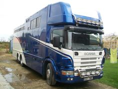 This 2002 #Scania 4 Series #horsebox carries up to seven horses | For sale on #HorseDeals