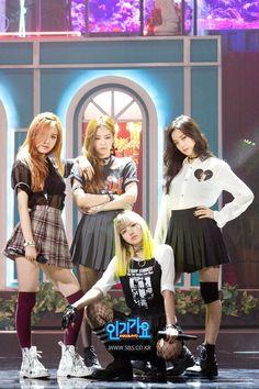 [876회] YG의 새 걸그룹 'BLACKPINK' 인기가요 독점공개! '휘파람'&'붐바야' : SBS 인기가요 : SBS