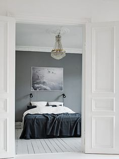 My Scandinavian Home / Duvet day in this monochrome bedroom? Monochrome Bedroom, Monochrome Interior, Interior Design Examples, Interior Design Inspiration, Awesome Bedrooms, Beautiful Bedrooms, Home Interior, Interior Styling, Apartment Interior