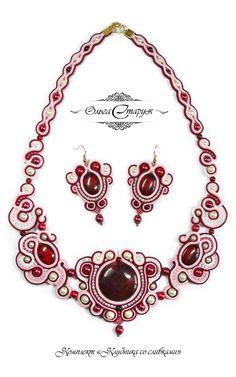 "Комплект ""Клубника со сливками"" / Работа выполнена на заказ / soutache / earrings / necklace / agate / jewelry"