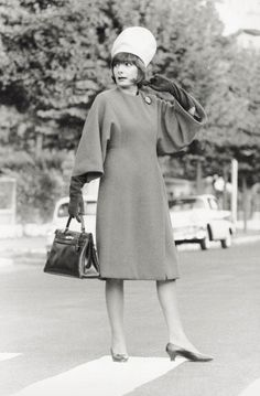 1963 That hat though. And finally, a bag that is big enough to *actually* hold things!