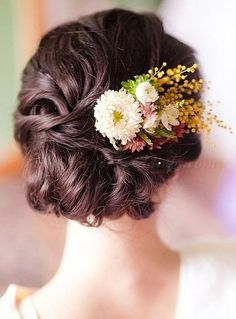 wedding+hair+with+flowers,+floral+hair+accessories+for+brides+-+bridal+updo+with+floral+decoration #WeddingHairDown Elegant Hairstyles, Girl Hairstyles, Wedding Hairstyles, French Twists, French Twist Hair, Wedding Hair Down, Wedding Updo, Updo Veil, Thin Hair Updo