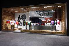 NIKE store advertising design - Google 搜尋