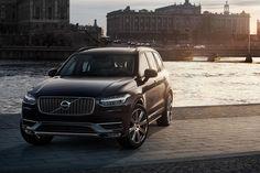Volvo XC90 T8 importeren uit het buitenland. http://importeermijnauto.nl/nieuwe-volvo-xc90-importeren/