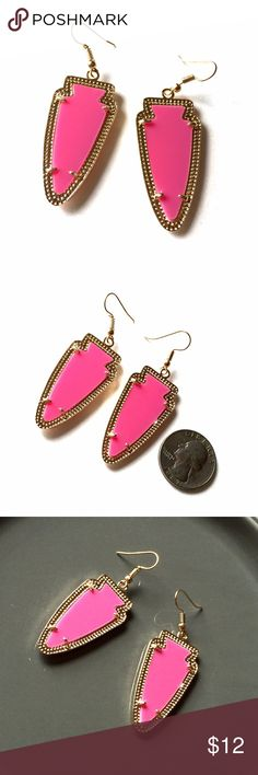 """listing Pink and Gold Fashion Earrings On-trend large bright pink earrings set in gold. Approx 2"""" not including hook. New without tags. Jewelry Earrings"""