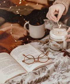 cosy autumn at home - beautiful decoration, candle and a good book for a cosy fall evening. Book And Coffee, Estilo Geek, Fall Inspiration, Cozy Aesthetic, Autumn Aesthetic Tumblr, Autumn Tumblr, Autumn Cozy, Book Photography, Autumn Photography