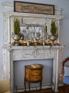 Most current Cost-Free antique Fireplace Mantels Thoughts Farmhouse Christmas Mantel Decor And Design 25 Antique Fireplace Mantels, Antique Mantel, Vintage Fireplace, Old Fireplace, Fireplace Surrounds, Vintage Mantle, Faux Mantle, Farmhouse Fireplace, Antique Desk