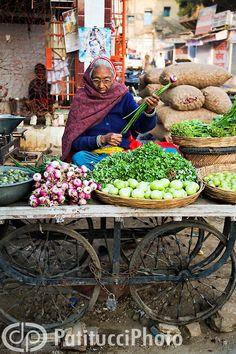outdoor vegetable market, India | Patitucci Photo