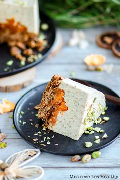 Cheesecake pistache et abricot au granola | Mes recettes Healthy Biscuits, Cheesecakes, Granola, Feta, Healthy Recipes, Healthy Food, Food And Drink, Dairy, Sugar