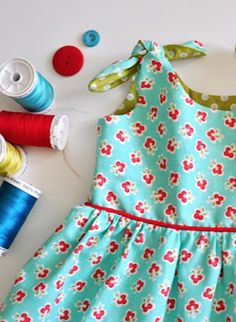 Adorable Itty Bitty Turquoise Dress pattern and tutorial!