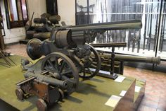 What is this, gun or cannon? - The national museum in Thailand.