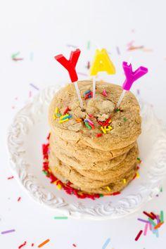 chocolate chip cookie birthday cake / studio diy