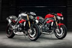 Triumph unveil 2016 Speed Triple S and Triple R http://behindthewheel.com.au/triumph-unveil-2016-speed-triple-s-and-triple-r/