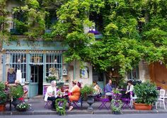 Au Vieux Paris d'Arcole. . This medieval house is one of Paris' oldest restaurants. It's such a charming spot delicious food & beautifully scented by the huge wisteria trailing all over.  . . . #jadoreparis #travel #france #sunshine #wheninparis #explore #passionpassport #wanderlust #livingineurope #travelbug #athomeintheworld #lategram #instatravel #travelgram #keepexploring #getoutside #travelgirl #paris #seetheworld