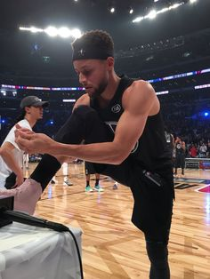 51482a0fec7 Stephen Curry at the NBA All Star Game 2018 Basketball Rim