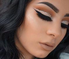 http://www.bonanza.com/listings/The-Bronze-Palette-Pressed-Powder-Eyeshadow-9-Colour-Cosmetic-Eye-Beauty-Makeup/387109056 #kyshadow #klylieeyeshadow #kyliecosmetic #buykyshadow