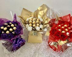 Ferrero Rocher Chocolate Bouquet Explosion Hamper Birthday Thank You Gift Valentine Baskets, Valentines Gift Box, Valentine Bouquet, Candy Bouquet Diy, Gift Bouquet, Chocolate Flowers Bouquet, Diy Gifts, Cute Gifts, Candy Arrangements
