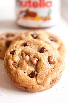 Nutella Stuffed Chocolate Chip Cookies {with Browned Butter, Vanilla Beans & Sea Salt} - Cooking Classy