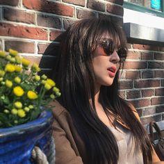 Oh just hangin out 😎 DAMN CHANDRIA !!!  Kathryn Bernardo 🌟