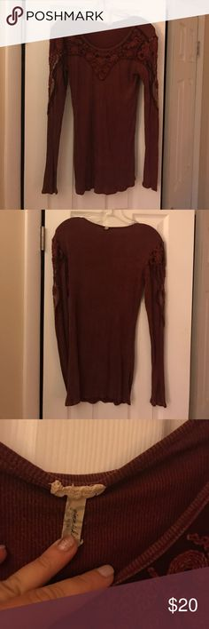 Gimmicks top size med This is a gimmick's top by BKE size medium burgundy color has lace see-through and the arm and shoulders is in great condition BKE Tops Tees - Long Sleeve