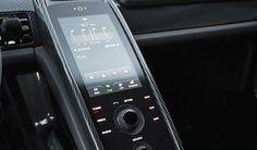 Porsche 918 Spyder pantalla táctil