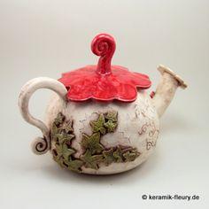 Kaffee- & Teekannen - Keramik Wichtel-Teekanne - ein Designerstück von kreativwerkstatt-fleury bei DaWanda