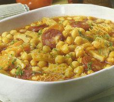 Tripas a modo do Porto Tripe Recipes, Portugal, Confort Food, Portuguese Recipes, Portuguese Food, Cooking Recipes, Healthy Recipes, Food Inspiration, Main Dishes