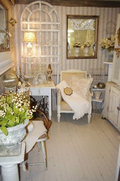 The French room at The Side Track Shops in Historic Glendale Kentucky.