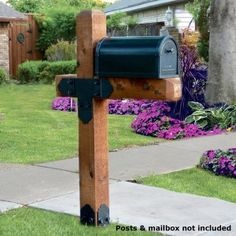 OZCO Project Kit: Estate Wooden Mailbox Post Assembly (Shown in Laredo Sunset style) Farmhouse Mailboxes, Rustic Mailboxes, Home Mailboxes, Wooden Mailbox, Brick Mailbox, Diy Mailbox, Mailbox Post, Mailbox Ideas, Apartment Mailboxes