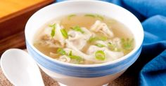 The famous Won ton homemade soup - Recipes - My . - Chinese ravioli soup … The famous Won ton homemade soup – Recipes – My Fork - Top Recipes, Greek Recipes, Asian Recipes, Snack Recipes, Cooking Recipes, Ethnic Recipes, Asian Foods, Yummy Recipes, Ravioli Soup