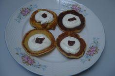 Lívance jsou velmi jemné a velmi chutné. Podáváme s javorovým sirupem nebo s tvarohem, případně s džemem.