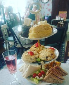 Afternoon tea with the girls yesterday at @justgrandtearooms was gorgeous!