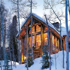 The warm glow of a log home under freshly fallen snow and a woodland of birch and majestic pines adorned with tiny white lights creates a… Snow Cabin, Cozy Cabin, Mountain House Plans, Mountain Homes, Mountain Cabins, Lake Cabins, Cabins And Cottages, Log Home Living, Barn Living