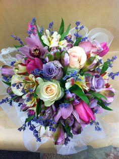 Beauty of Flowers ! Wedding Bouquets, Wedding Flowers, Wedding Lace, Calla Lily Flowers, Calla Lilies, Centerpieces, Table Decorations, Floral Arrangements, Flower Arrangement