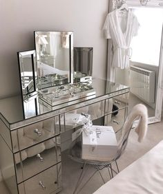 Christian Dior at home with mirrored furniture in this Art Deco-esque scheme Tocador Vanity, Vanity Room, Ikea Vanity Table, Mirrored Vanity Table, Mirror Vanity, Glass Vanity, Glam Room, Classy Bedroom Decor, Bedroom Romantic