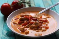 Eine schnell gemachte und leicht bekömmliche Low Carb Suppe, mit leckerem Feta und frischen Tomaten.