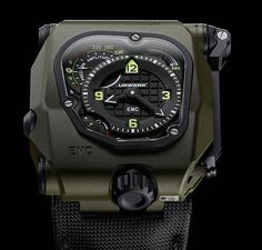 Urwerk EMC Time Hunter. Limited edition of 15 pieces. Military green ceramic-coated titanium / steel case.