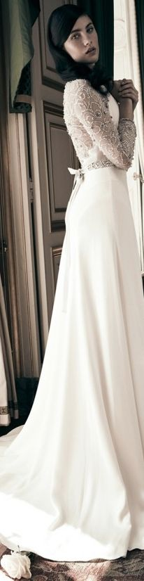 Jenny Packham Bridal 2013 - Astrantia Keywords: #jennypackhamweddinggowns #jevelweddingplanning Follow Us: www.jevelweddingplanning.com  www.facebook.com/jevelweddingplanning/