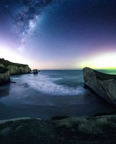 """different-landscapes: """"Tunnel Beach, Dunedin, New Zealand 📸 South of Home Photography """" Camping New Zealand, Dunedin New Zealand, Places To Travel, Places To Visit, Nature Photography, Travel Photography, Visit New Zealand, Paradise On Earth, Camping Spots"""