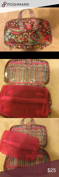 Oilily travel makeup bag Oilily Travel/make up bag in excellent condition. Removable mesh pouch, clear plastic pockets, and hanger. Oilily Bags Cosmetic Bags & Cases