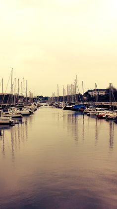 Sea  Descarga: http://www.imgur.com/gallery/VPEqYgz